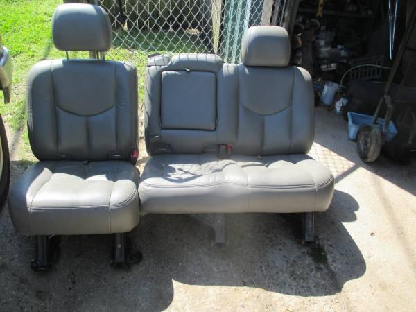 Photo 07 GMC OR TAHOE SEAT - $100 (JEFFERSON)