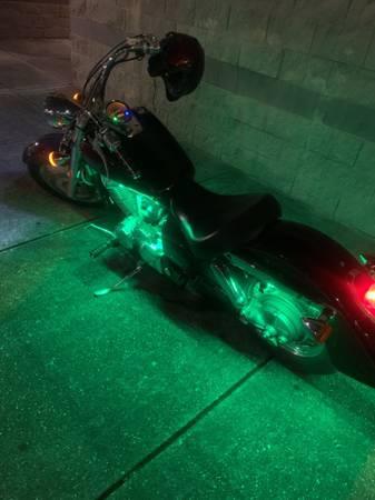 Photo 2004 Honda shadow 750cc - $2700 (New Orleans)