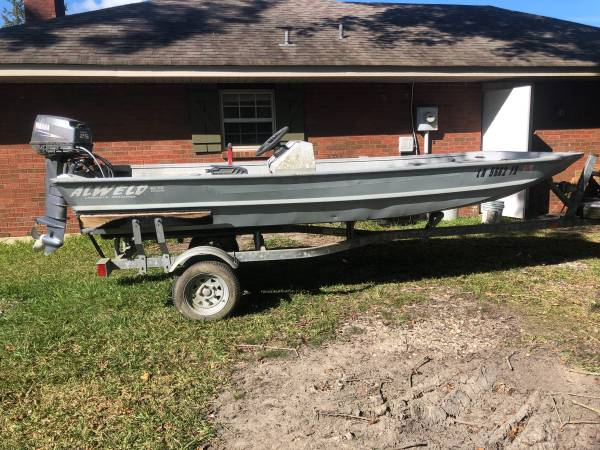 Photo 2008 Alweld Jon Boat with Yamaha Motor - $5,000 (Slidell)