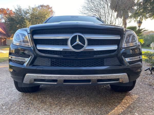Photo 2015 Mercedes Benz GL350 diesel like new by original owner - $32900 (Kenner)