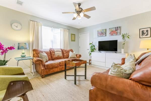 Photo 2 bedroom apartment in Mid City (Mid City)