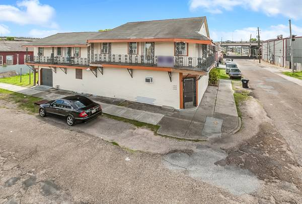 Photo New Orleans 2BR House with income units $525K (7th Ward-TremeFrench Quarter adjacent)