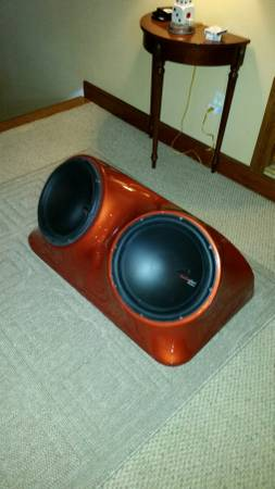 Photo Scion XB custom body colored dual sub woofer housing - $100 (new orleans)
