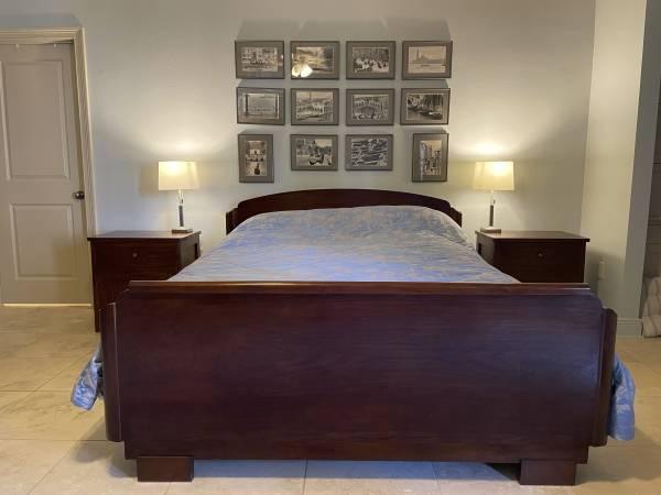 Photo Solid teak wood antique bedpillow-top queen size mattress - $400 (Mandeville)