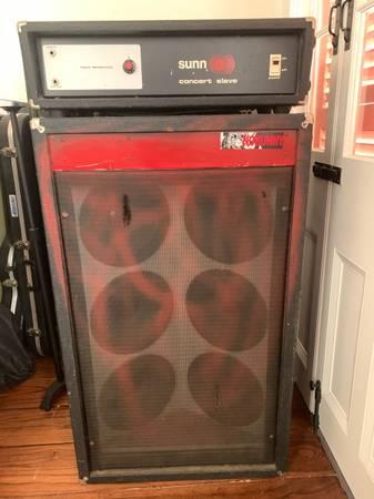 Photo Sunn 6x10 cabinet and concert slave head - $400