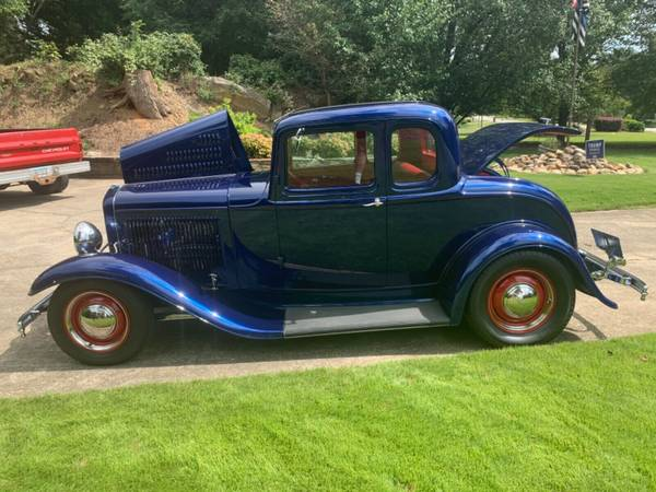 Photo 1932 Ford all Ford uncut steel - $52,000 (Fond Du Lac)