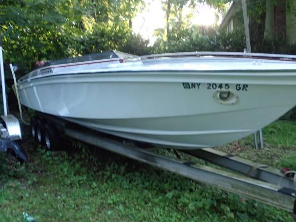 Photo 1986 28 39 Cigarette Clone Race Boat - $19,999 (Glen Cove NY (Nassau County))