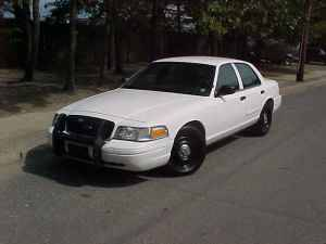 Photo 1995 to 2011 Ford Crown Victoria Parts