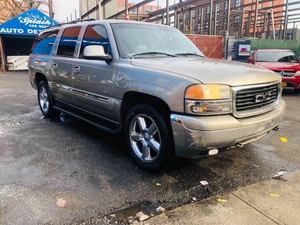 Photo 2001 GMC Yukon Xl - $2500 (Brooklyn)