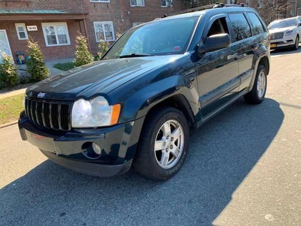 Photo 2005 JEEP Grand Cherokee Laredo 4dr 4WD SUV SUV (Flushing)