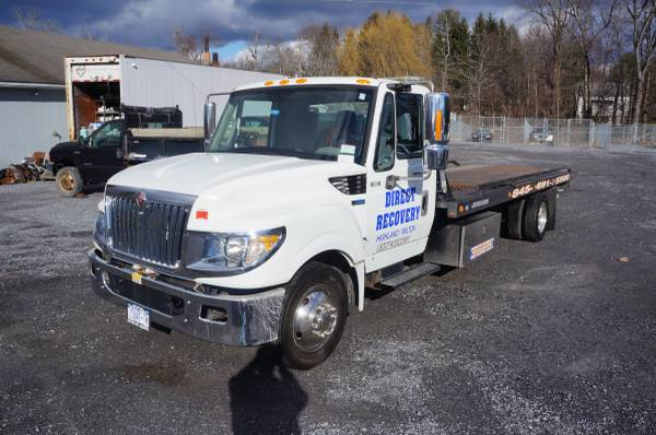 Photo 2013 INTERNATIONAL ROLLBACK TOW TRUCK WITH WHEEL LIFT - $47500 (Highland)