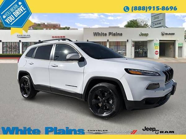 Photo 2017 Jeep Cherokee - GUARANTEED CREDIT APPROVAL - $24470 (2017 Jeep Cherokee White Plains)