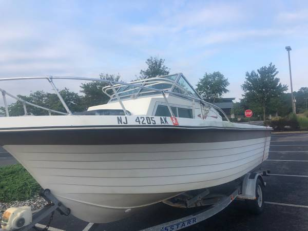 Photo 20 ft GRADYWHITE 175 evinrude , never left in water, solid - $3,200 (Tomsriver)