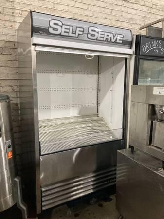 Photo 4 ft open case refrigerator restaurant equipment - $2,200 (Brooklyn)
