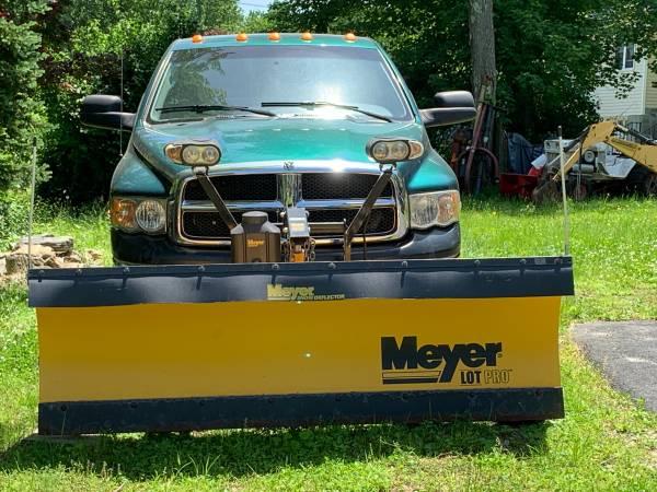 Photo 839 Meyer Lot Pro Snow Plow Complete Setup - $1,999 (Danbury, CT)