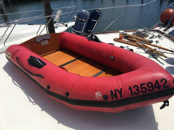Photo Avon Rover Redcrest R280 inflatable dinghy boat - $900