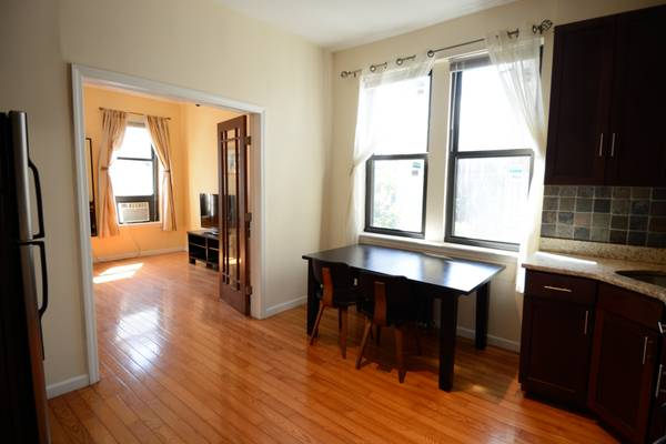 Photo Beautiful one bedroom apartment just one block from Central Park (Upper West Side)