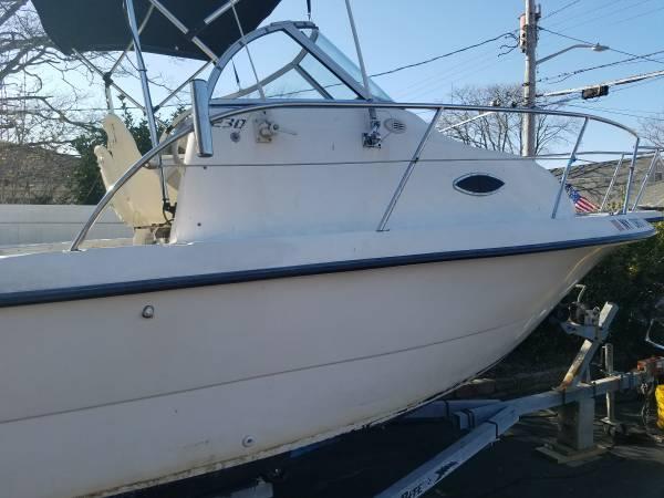 Photo Boat 23 foot seafox - $14,500 (Massapequa)