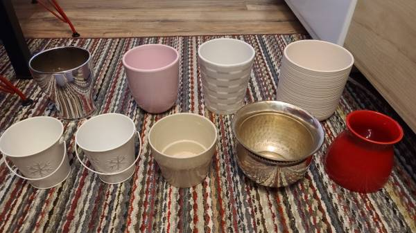 Photo Ceramic and metal planter plantersplant pots - $5 (Brooklyn)