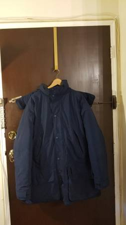 Photo Eddie Bauer Goose Down Puffer Jacket With Hood Men Large Navy Blue - $59 (Little Ferry)