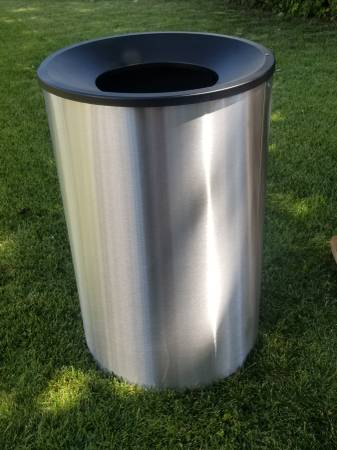Photo Ex-Cell Kaiser Premier WR-2234F BLX Stainless Steel Waste Receptacle - $399 (Or best offer)