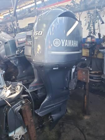 Photo F350 hp Yamaha Outboard motor engine 310 hours - $6500 (I will ship worldwide)
