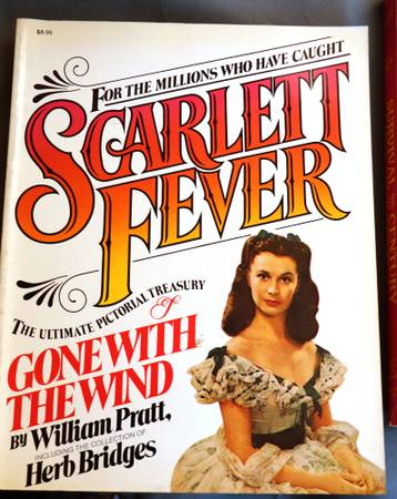 Photo Gone With Wind- Scarlett Fever - $10 (Upper West Side)