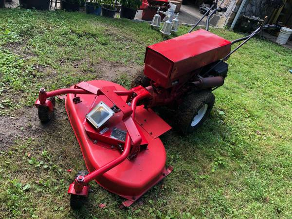 Photo Gravely Professional 12 walk behind with attachments - $1000 (Stamford)