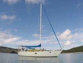 Photo HUGE SAILBOAT - Isolate in Paradise 5139 Endeavour - $99000 (U.S. Virgin Islands)