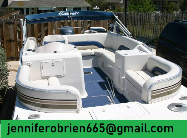 Photo Hurricane Deck Boat 198R Mecury 4-Stroke Outboard 2003 - $1,503 (The Bronx)