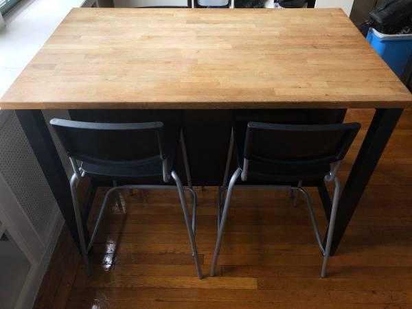 Photo IKEA Kitchen Island w Chairs - $150 (Park Slope)