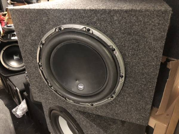 Photo JL Audio 10W6v2 - dual 4 ohms with box - $200 (Floral Park)