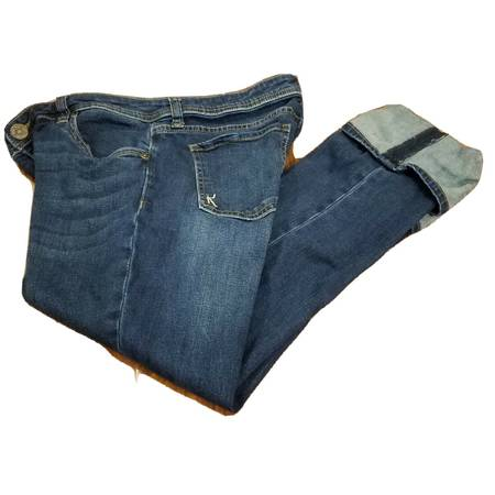 Photo Kut from the Kloth Cameron Straight Leg Wide Cuff Jeans Womens Size 10 - $40 (Little Ferry)