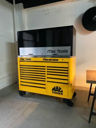 Photo Macsimizer Tool Cabinet MAC TOOLS ----- Nascar, Snap On - $7000 (Midtown)