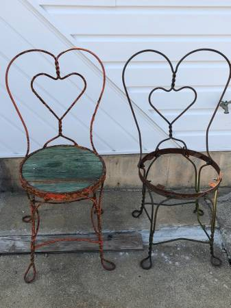 Photo Pair Antique Wrought Iron Ice Cream Chairs Bent Heart Center - $75 (Brooklyn)