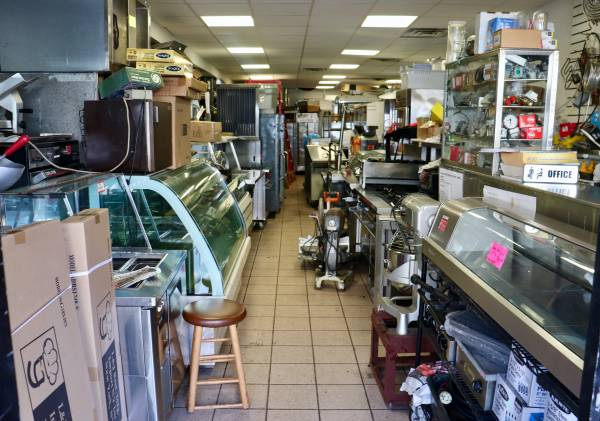 Photo Restaurant Equipment New and Used - $100 (Woodside)