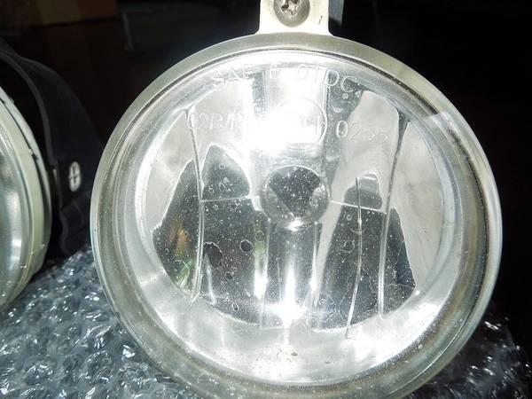 Photo USED 04 Dodge Neon SRT 4 Fog Lights Ls 5303482AF - $25 (Newtown,CT)