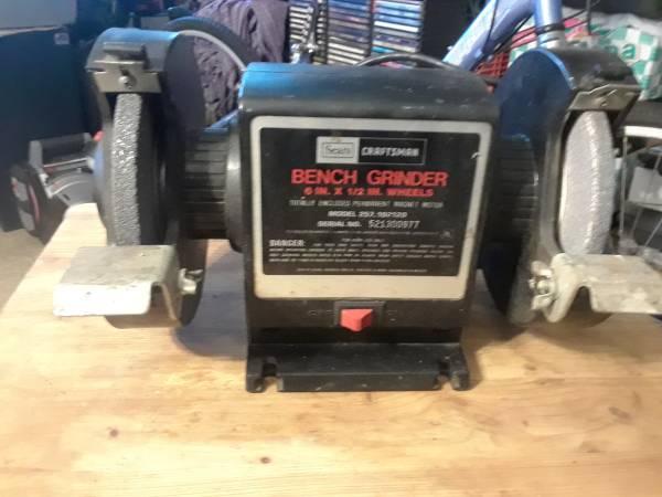 Photo craftsman bench grinder - $75 (Roosevelt)