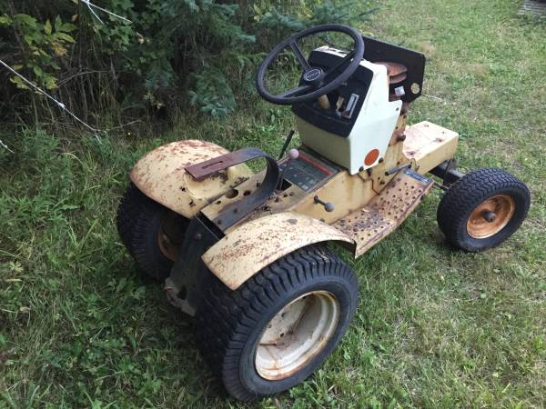 Photo 1970s sears garden tractor - $125 (Tawas)