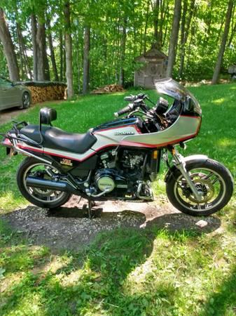 Photo 1984 Honda Sabre V65 - $2,700 (Cadillac)