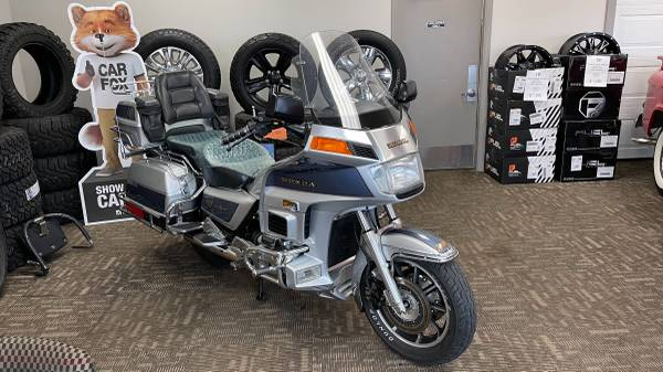 Photo 1987 Honda Goldwing GL 1200 4 Cyl. With 53,116 Miles - $7,500 (Gaylord)