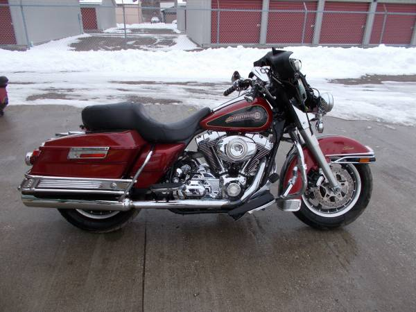 Photo 2007 Harley Davidson Electraglide Classic - $5,650 (Bay City Mile Maker)