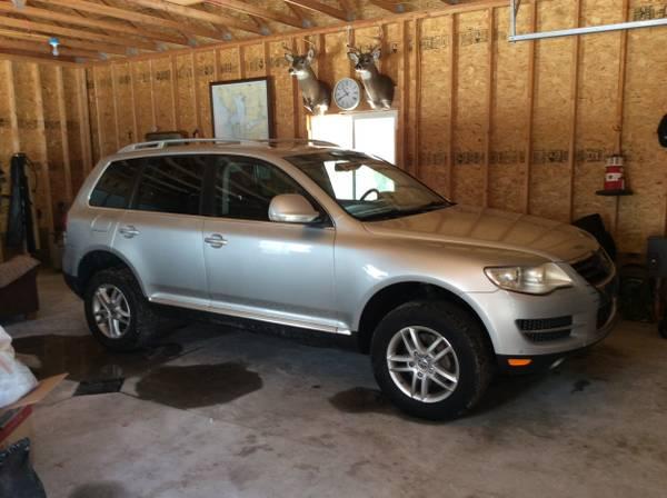 Photo 2009 VW TOUAREG - $5800 (East Tawas)
