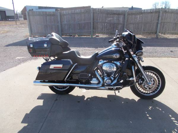 Photo 2013 Harley Davidson Ultra Classic 103cu - $7,995 (Bay City Mile Maker)