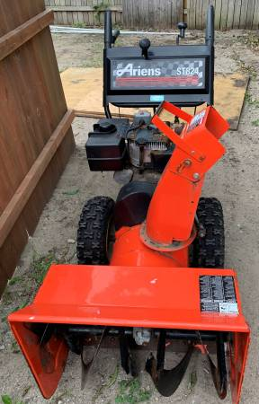Photo 2 Ariens Snow Blowers Two stage good - $125 (tc)
