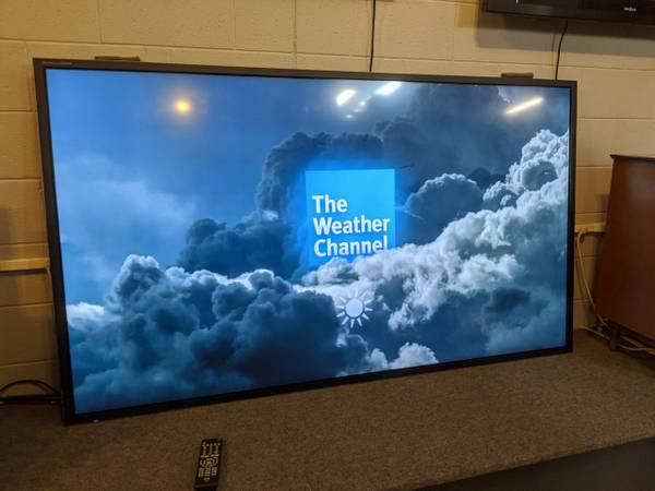 Photo 4K HDTV 65quot SONY SMART  75quot SAMSUNG SMART  84quot JVC - $179 (TRAVERSE CITY)