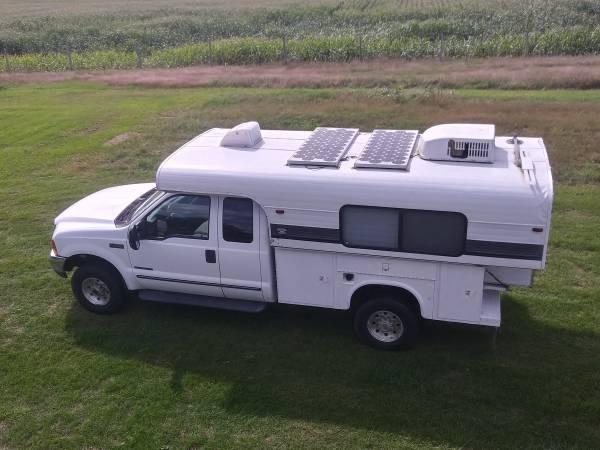 99 Alaskan Camper W 99 Ford F250 15000 Bugout Rv