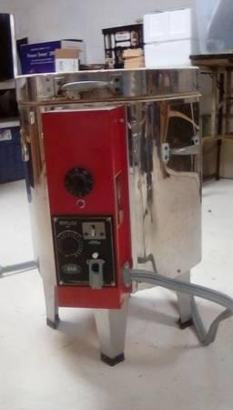 Photo EVENHEAT ELECTRIC KILN-PRICE LOWERED - $395 (Petoskey)