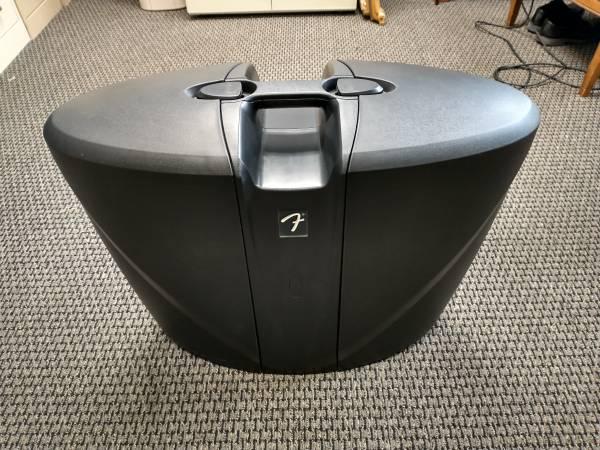 Photo Fender Passport 300 Pro Portable PA system w Speaker Stands - $699 (Grayling)