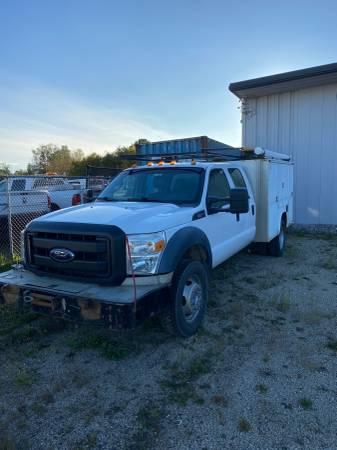 Photo Ford F550 Crew Cab 4x4 Utility Body Nice Clean HD Truck - $20,900 (Traverse City)